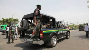 Drama As Police Officers Arrest APC Members in Delta State