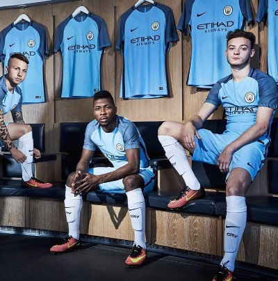 How much is iheanacho earning