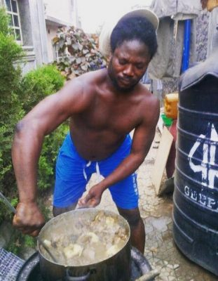 <p>See What Daddy Showkey Cooked For Christmas</p>