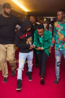 See How Humble Humblesmith Bowed To Greet Wizkid At #TheHeadies2016