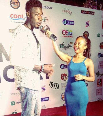 See The Funny Reactions To This Photo Of BBNaija Housemate, Soma And Lady Presenter