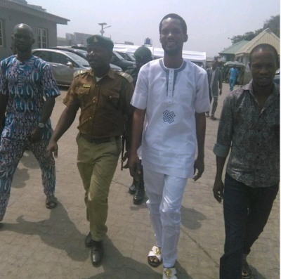 Seun Egbegbe All Smiles As He Finally Gets Bail