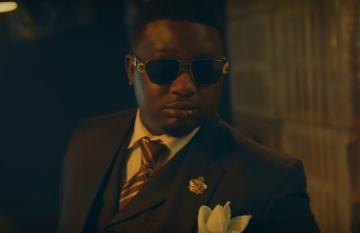 "Wande Coal Out With ""Ballerz"" Video"