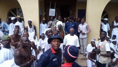 Native Doctors, Traditional Rulers Declare War On Badoo Group In Ikorodu