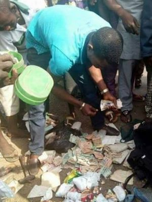 Mad Man Caught With Bags Of 'Diapers' Used For Rituals in Asaba