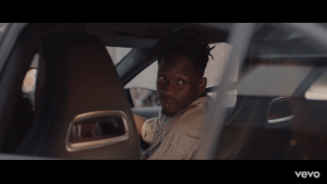 VIDEO: Mr Eazi – Short Skirt ft. Tekno