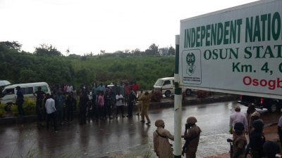 PDP protesters at INEC Office in Osun state