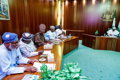 Buhari holds meeting with APC Governors
