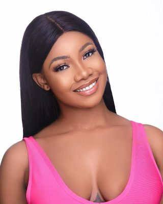 Fan Steals From Tacha At Event In Lagos