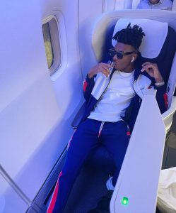 The Mayor relaxing on a plane